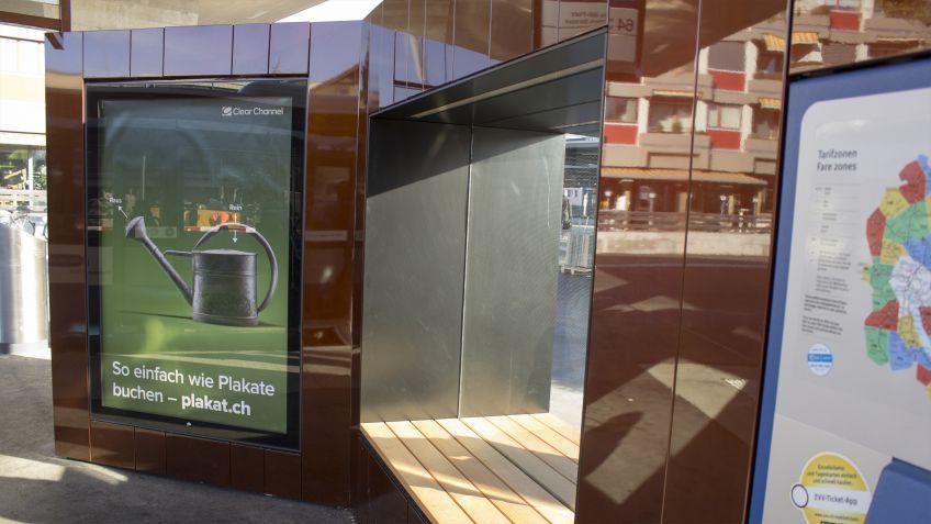 Die  Glasfenster,  welche  die  Sitznischen  teilen,  generieren  einen  angenehmen  «Durchblick».