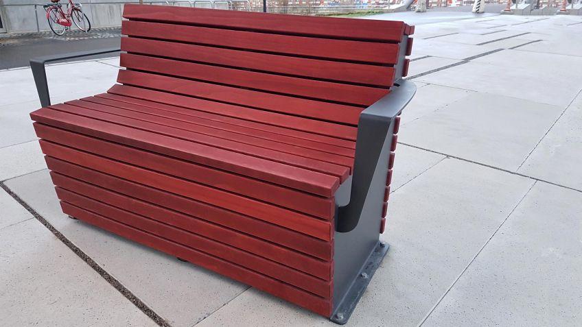 BURRI Outdoor Lounge Chair
