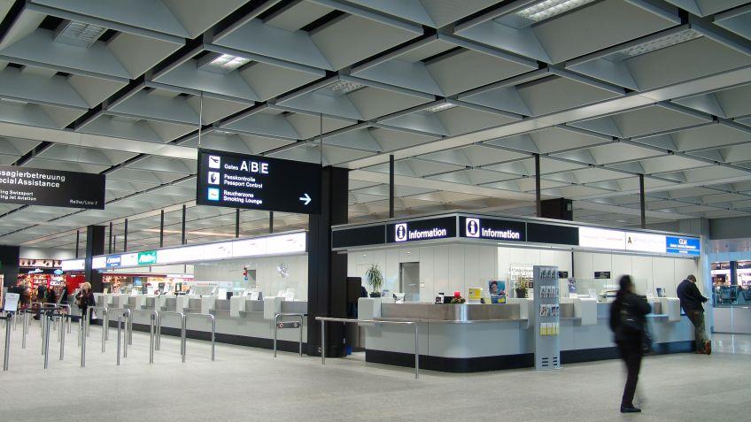 SIGNAGE  AIRPORT  Informationssystem,  Flughafen  Zürich