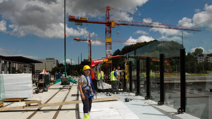 Glattalbahn,  Montage  Haltestelleninfrastruktur  Kloten  Balsberg
