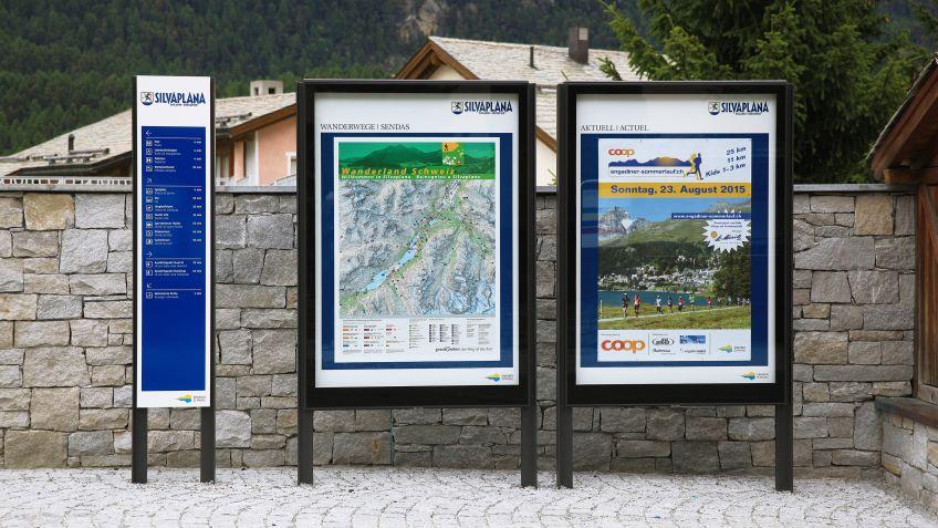 Gemeinsam  am  stärksten:  City  Lights  Anschlagkästen  und  das  BURRI  Fussgänger-Wegleitsystem.