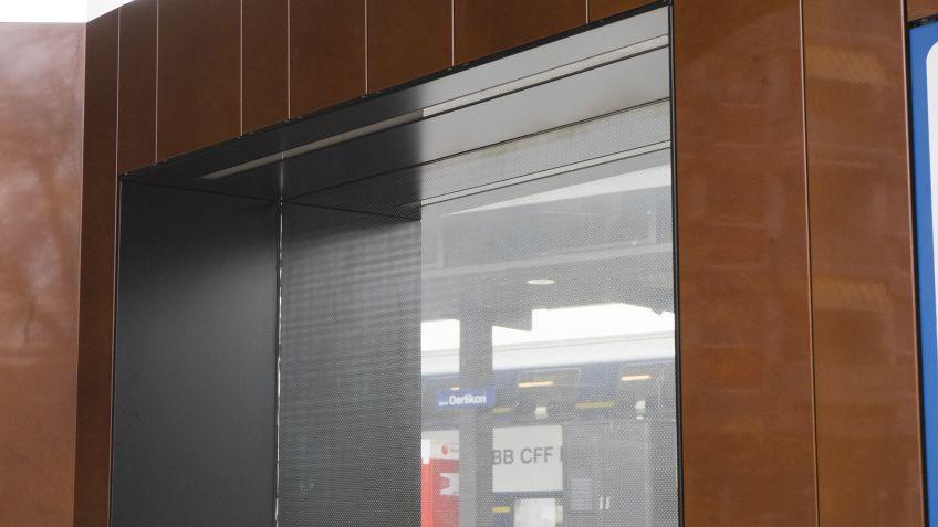 INLINE  LED-Technologie  beleuchtete  Sitznischen  -  Spezialgefertigte  Paravents  für  den  Max-Frisch-Platz  (Bahnhof  Oerlikon)