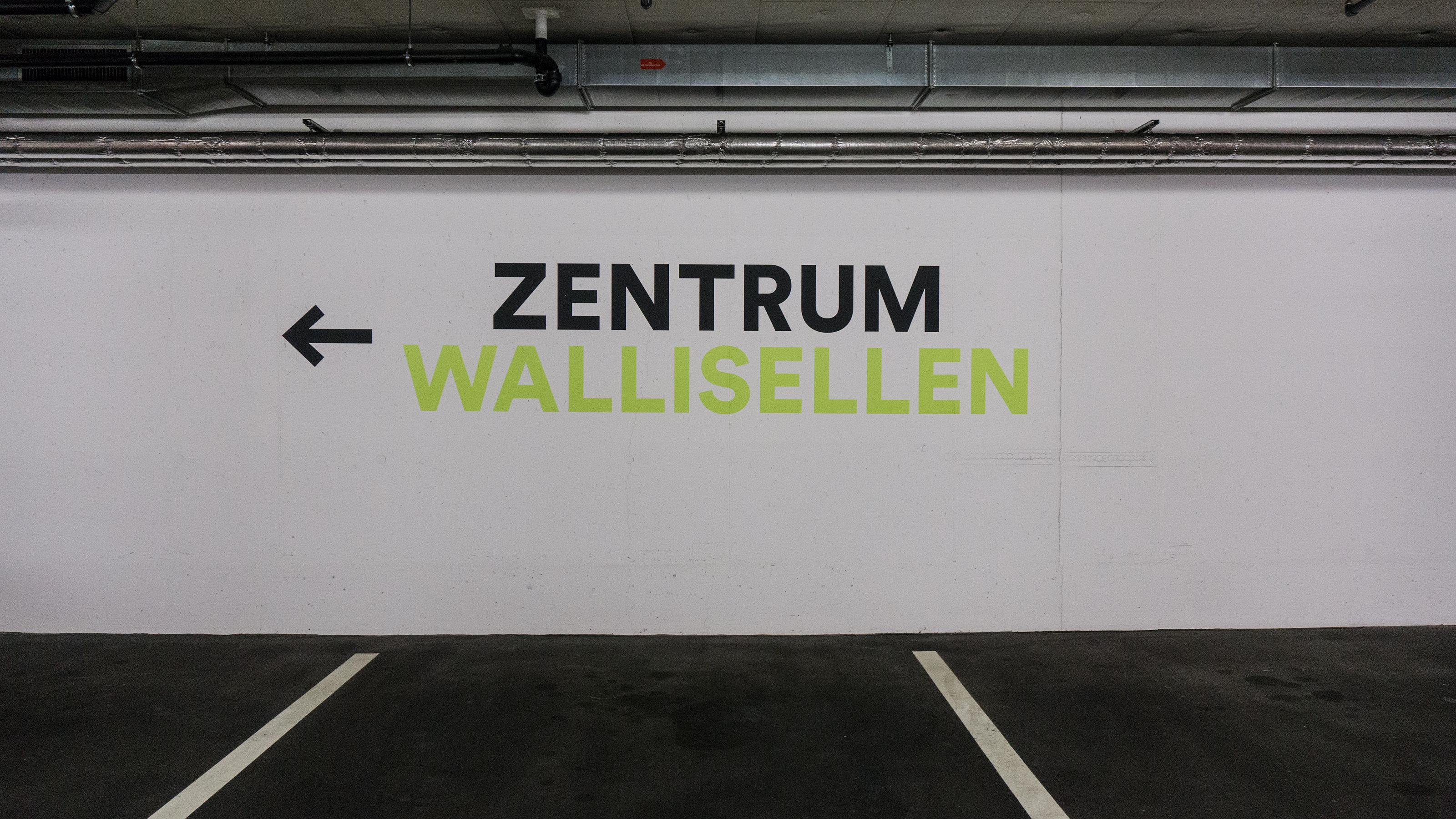 Zentrum Wallisellen - Tiefgarage Wandbeschriftung