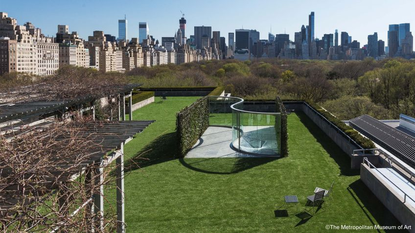 Fantastische  Aussicht  vom  Dach  des  Metropolitan  Museum  auf  die  Skyline  von  New  York  City.