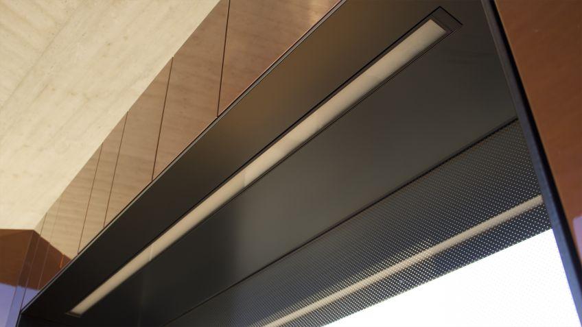 Modernste  LED-Lichttechnologie  für  die  Sitznischen  der  Paravents  bei  Nacht:  INLINE  von  BURRI.