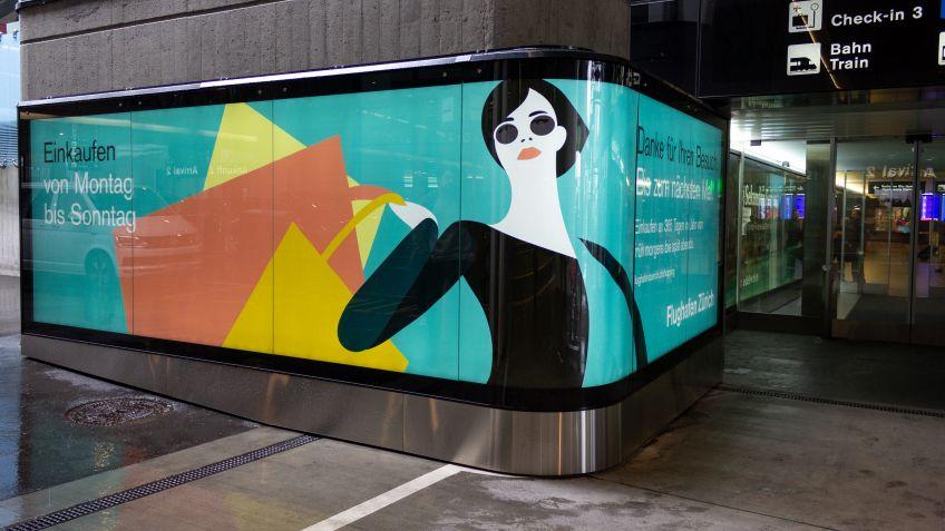 Das filigrane Bogenglas setzt die Werbefläche in Szene