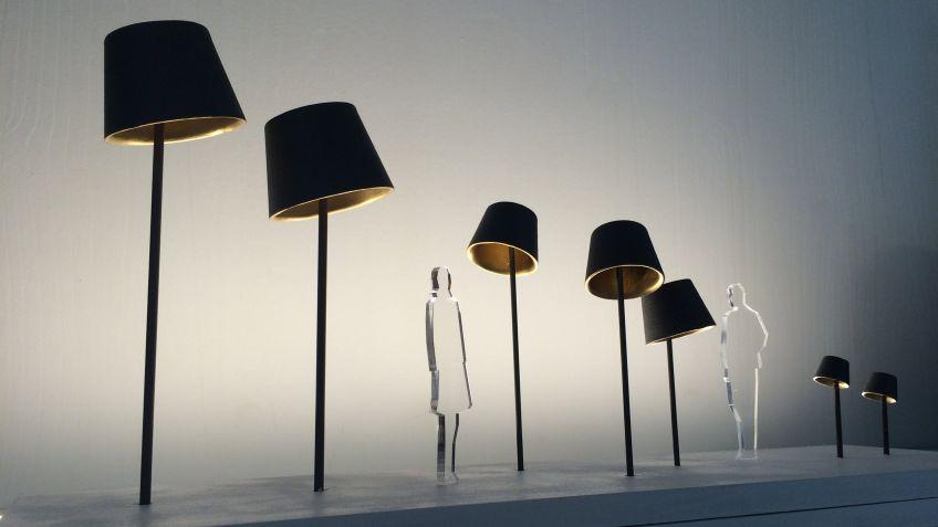 Die Design-Leuchte Living Room überzeugt mit ihrer schlichten Eleganz