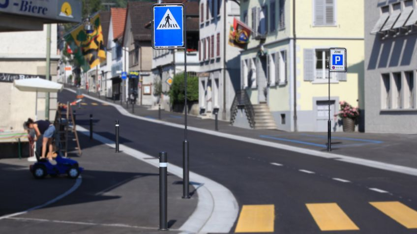 Uni Millennium Absperrpfosten und Verkehrsschildmasten - feuerverzinkt und anthrazit pulverbeschichtet