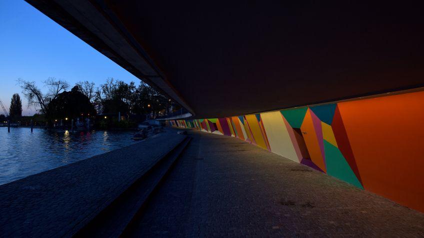 Modernste LED-Lichttechnologie von BURRI harmoniert wunderbar mit den verschiedenen Farben.