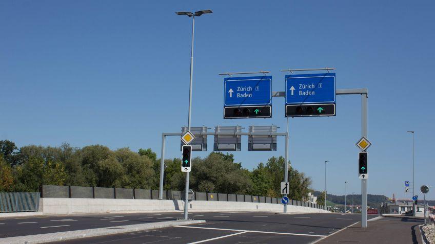 Winkelmasten und Signalbrücken von BURRI