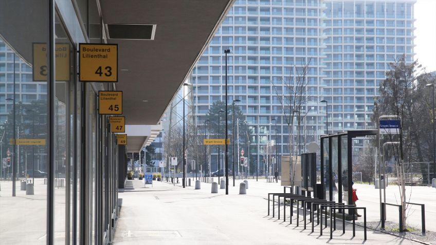 Wegleitsysteme  von  BURRI  werden  gerne  auch  zu  Zwecken  des  Corporate  Designs  verwendet.
