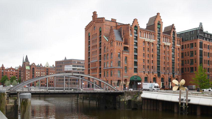 Die  HafenCity  ist  ein  noch  junger,  moderner  Stadtteil  der  Hansestadt  Hamburg.