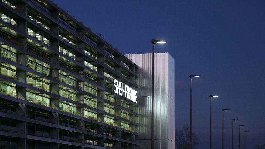 Dank  konsequenter  Optimierung  der  LED-Matrix  ein  As  in  Sachen  Lichtverteilung:  METRO  Produkte  von  BURRI