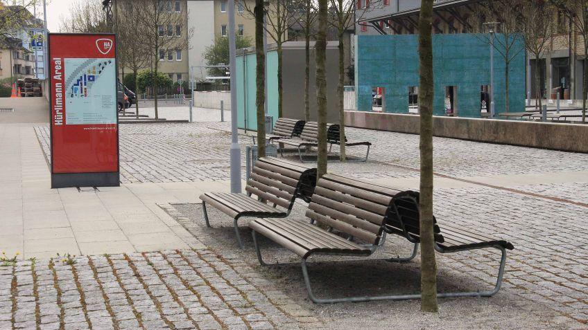 Die Landi Doppelsitzbank gibt es in verschiedenen Ausführungen