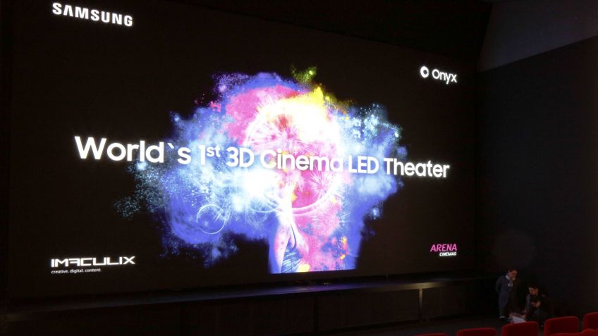 Premiere of the world's first Samsung 3D CinemaLED screen in Europe's first LED cinema (PPR/Aladin Klieber)