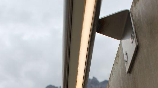 Handlauf mit LED Unterbeleuchtung