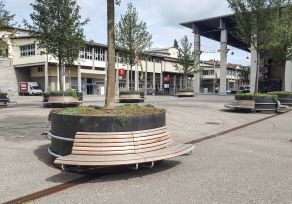 cityGREEN MAMMUT plant trough with round bench at Olma