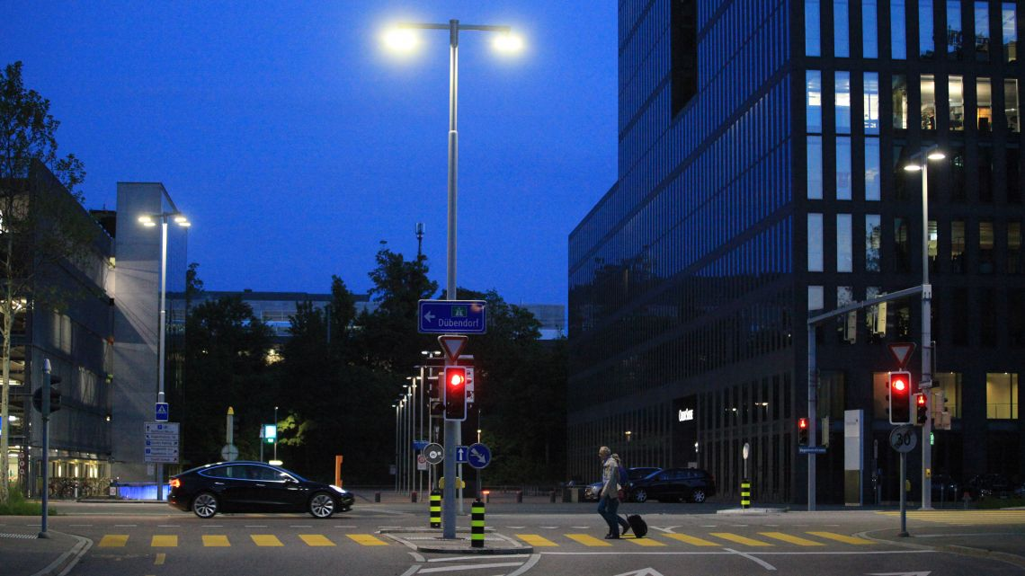 The intersection is safe, compliant with standards, energy efficient and contemporary illuminated