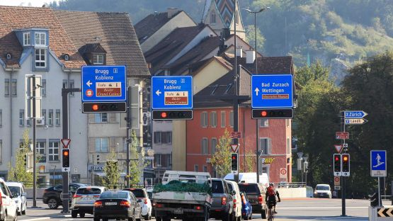 Wegweisermasten in Baden – robust aber dennoch filigran